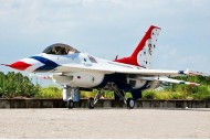 Freewing F-16C Super Scale Thunderbirds 90mm EDF Jet PNP